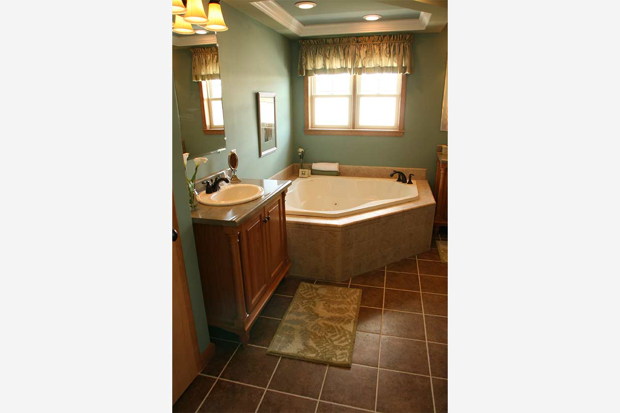 Rockport Master Bathroom